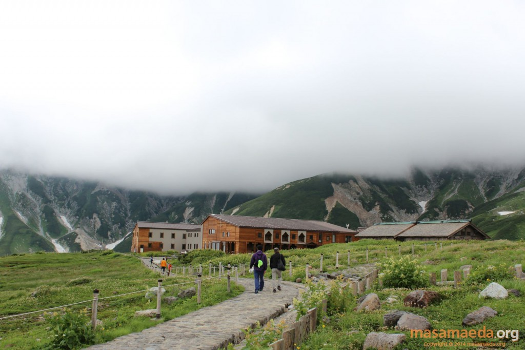 日本最古の山小屋、立山室堂山荘