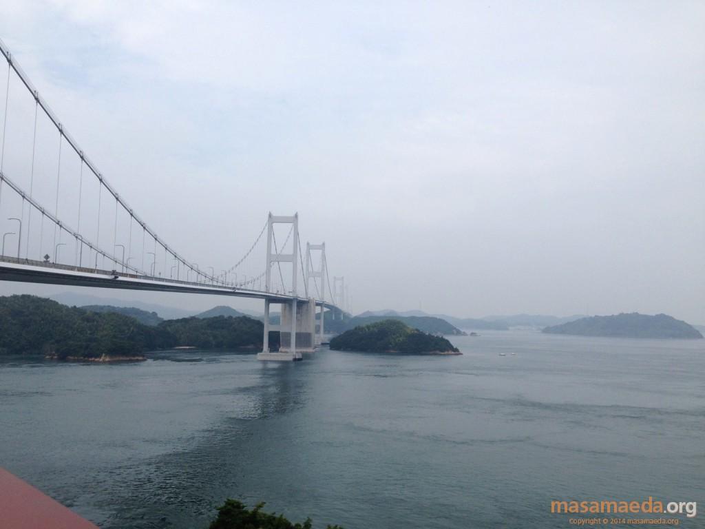 来島海峡大橋を今治方向に眺める
